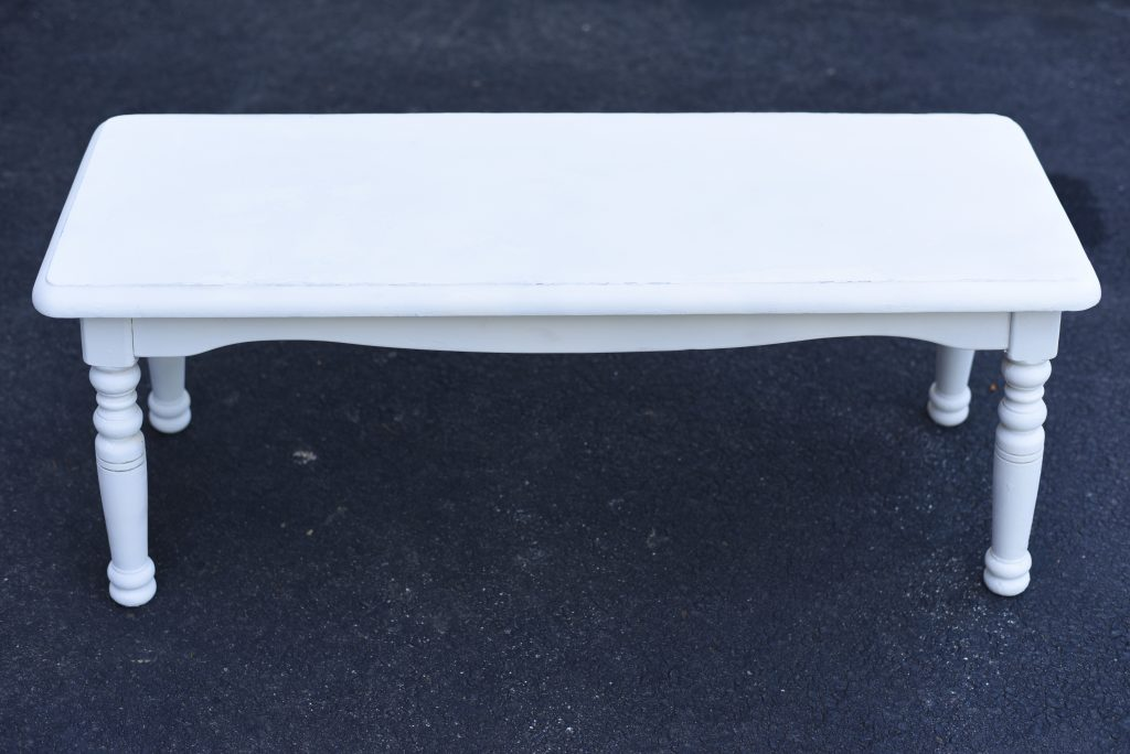 Apply primer on the bench